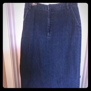 KIM ROGERS size 8 100% cotton long denim skirt